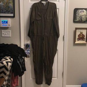 Old Navy olive green  long sleeve jumper